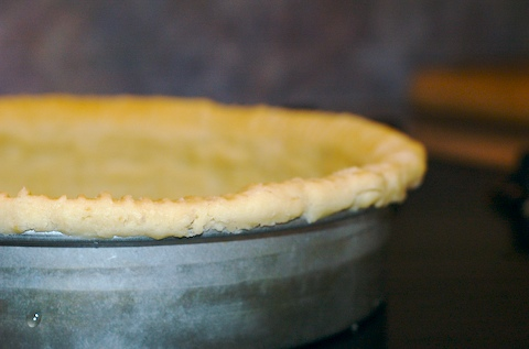 Pie crust, close-up side view