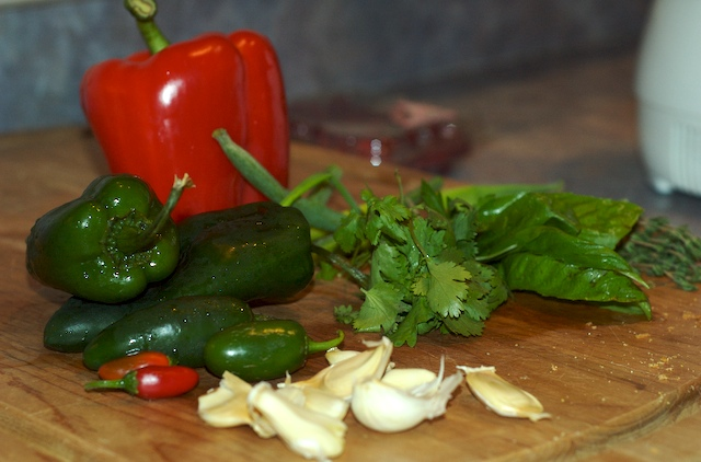 Lots of peppers and the other fresh ingredients