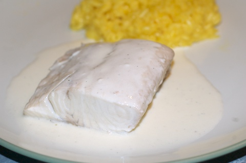 Poached Mahi Mahi in Vanilla Cream Sauce