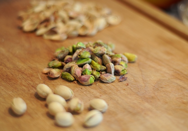 Shell the roasted pistachios