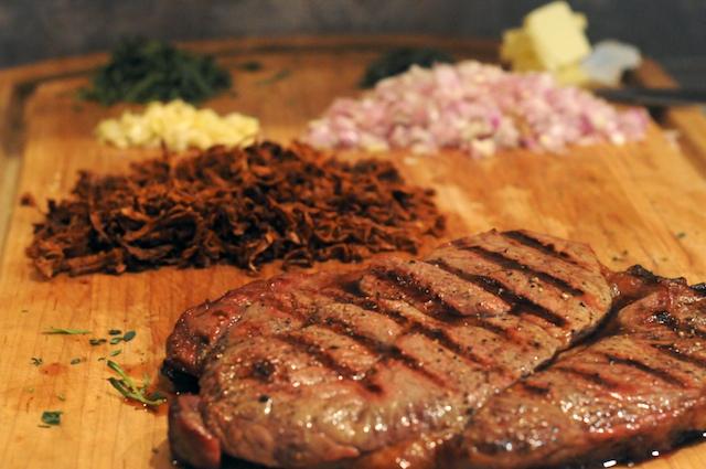 Prepare the fresh ingredients–veggies, mushrooms, steak