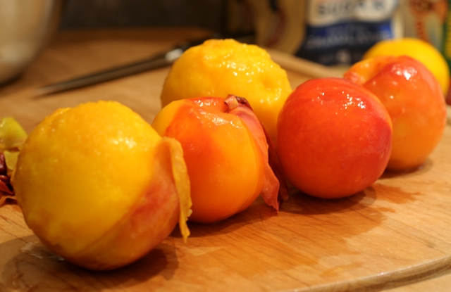 Briefly boiled and easily peeled nectarines