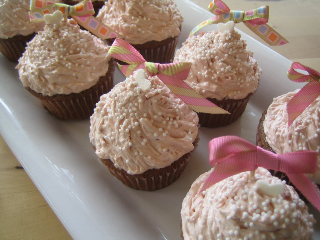 Kellypea's Strawberry Dream Cupcakes