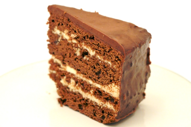 Hazelnut Cake With Praline And Milk Chocolate Buttercream Frosting ...