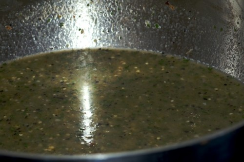 Simmer the verde sauce to thicken